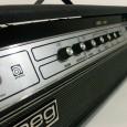 Hier ist ein schönes Ampeg V4 Vollröhren Topteil aus den 70er Jahre. Es ist ein Mörder Amp und wirklich sehr selten. Viele Amps wurden damals auf 6L6 umgebaut, weil die […]