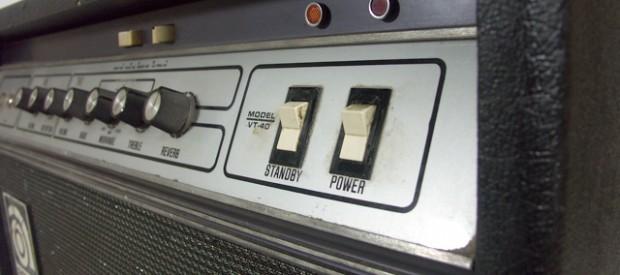 Diese Ampeg VT 40 Combo aus den 70ern ist ein echtes Schätzchen. Es ist ein Mörder Amp und wirklich sehr selten. Vor allem in diesem Zustand, denn damals gab es […]