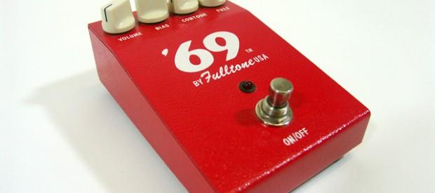 Beim Fulltone 69 Pedal handelt sich um eine oberamtliche Kopie des damaligen Dalles Arbiter Fuzzface gemacht von Effekteguru Micheal Fuller. Drin arbeiten NOS Germanium NKT 275 Transistoren (manchmal auch Toshiba […]