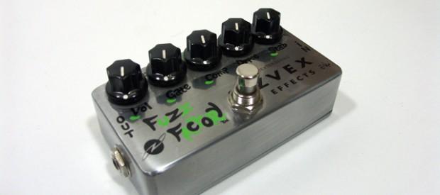 Die zVex Furz Factory ist ein Fuzz Pedal für tighte und radikale Sounds die sofort gegatet werden, wenn man aufhört zu spielen. Freaky Sounds wie Kurzwellen-Radiosounds oder Klettverschlussartige Octave Furz […]