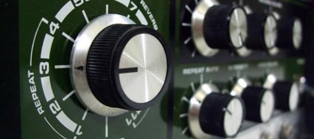 Ein wirkliches Highlight Ion jeder vintage Effektesammlung: das Roland Space Echo RE 201. Es ist der heilige Gral, wenn es um Banddelays und abgefahrene Sounds geht. Es ist nicht das […]