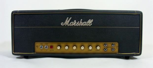 Hier kommt ein nettes Reissue eines Marshall JTM45 unter die Lupe. Es ist Baujahr 91/92, was sich an der Seriennummer mit dem Buchstaben Z erkennen lässt. Das sind die guten […]