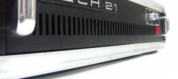 Die Tech 21 Power Engine 300 ist eine Endstufe mit kristallklarem und absolut neutralem Übertragungscharakter. Sie schiebt dabei 300 Watt in 4 Ohm. Was will man mehr als Bassist? Die […]