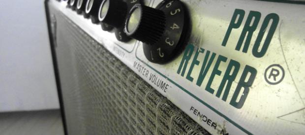Fender Pro Reverb aus den 70ern. Bestückt ist er mit 2×12″ Fender branded Speakern. Der Amp ist noch schön in Handarbeit point-to-point verdrahtet. Quality at it's best! Wer den Sound […]