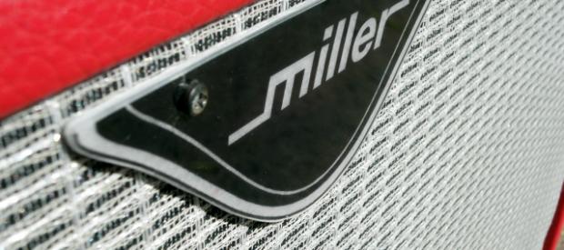 Astreine 2×12″ Box von Miller aus besten Teilen gebaut im Süden Deutschlands. Miller Instruments ist einerseits der deutsche Vertrieb für Tone Tubby Speaker und andererseits bauen sie in Lizenz die […]